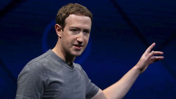 Mark Zuckerberg, CEO de Facebook, ha tenido una semana difícil