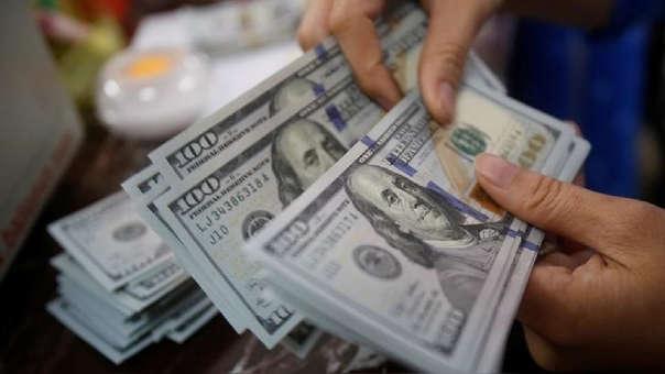 La moneda estadounidense en los últimos 12 meses se ha apreciado en 1.32 por ciento.