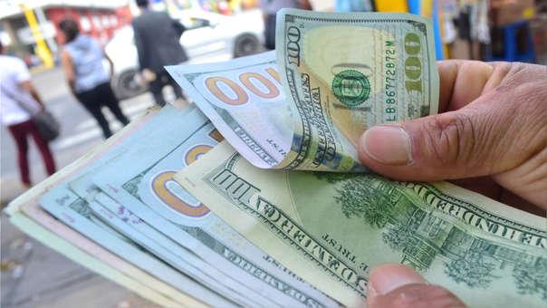 Dólar sigue al alza por tercera jornada consecutiva.