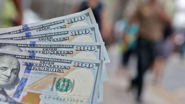La moneda en los últimos 12 meses el dólar se ha apreciado en 1.32 por ciento.
