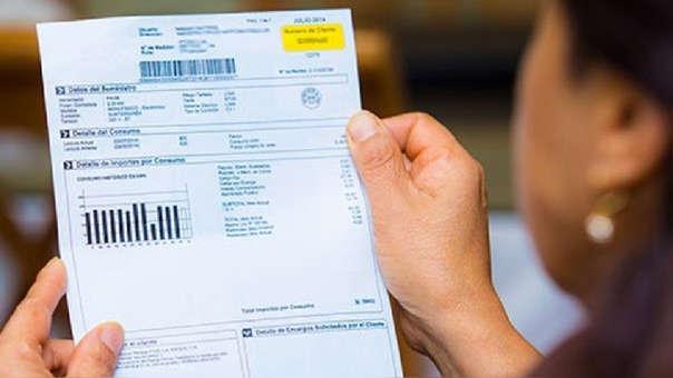 Nuevas tarifas debían ser publicadas el 16 de octubre, pero Decreto Supremo del MEM aplazó durante un año la medida.