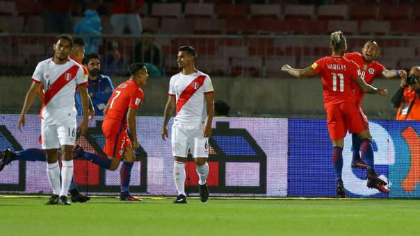 La Selección Peruana perdió los dos partidos que jugó ante Chile por las Eliminatorias Rusia 2018 (4-3 | 2-1)