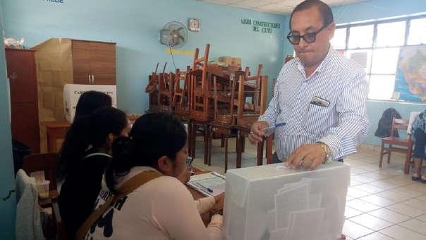 Electores dejaron su voto en blanco