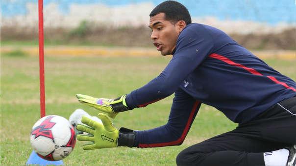 Steven Rivadeneyra juega en Deportivo Municipal desde esta temporada.