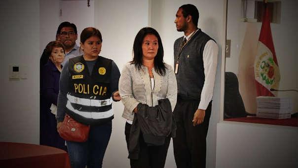 Keiko Fujimori fue detenida preliminarmente. Luego fue trasladada hasta la sede de la Prefectura de Lima ubicada en Cercado de Lima.