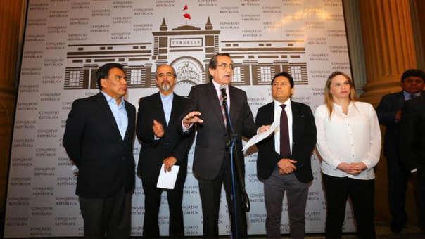 La Cédula Parlamentaria Aprista y Fuerza Popular quienes presentaron el proyecto.