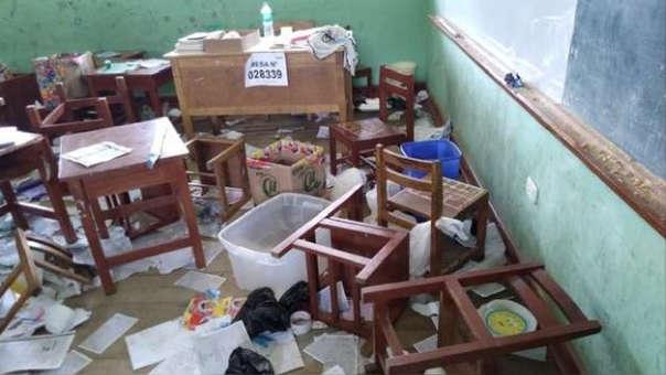 Colegios destruidos