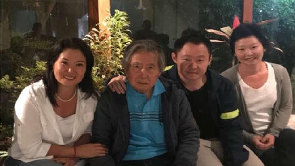 Kenji visitó este domingo por la tarde a su hermana Keiko Fujimori.