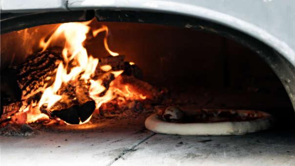 Los empleados de la pizzería incluso tenían un apodo para Sharkey: 'El tipo del pescado' por su insistencia al pedir pizzas con anchoas.