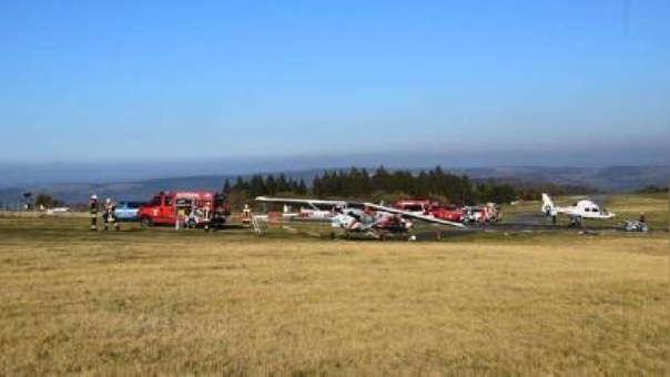 Al menos ocho personas resultaron heridas.