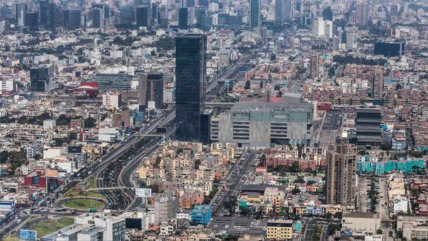 Perú ocupa la posición 63 entre 140 economías, el 4to lugar en Sud América y 6to en Latinoamérica y el Caribe.