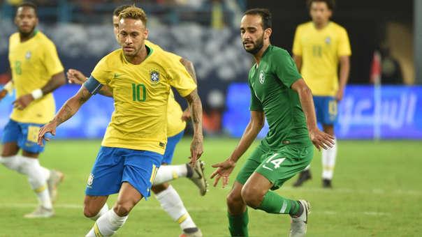 Neymar es el capitán de la Selección de Brasil.