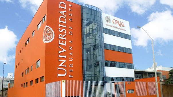 La Universidad Peruana de Arte Orval.