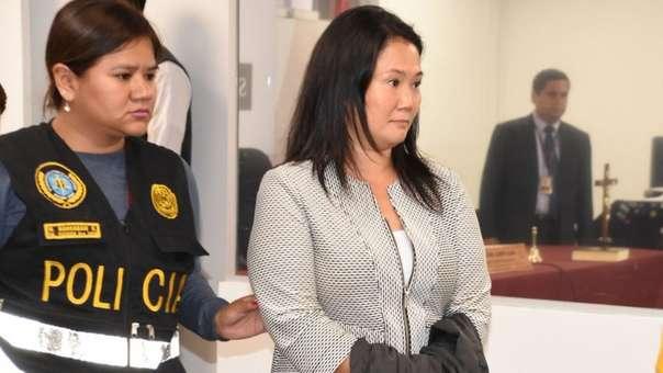 Keiko Fujimori enfrenta pedido de prisión preventiva.