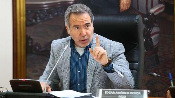 Francisco Petrozzi renunció a Fuerza Popular.