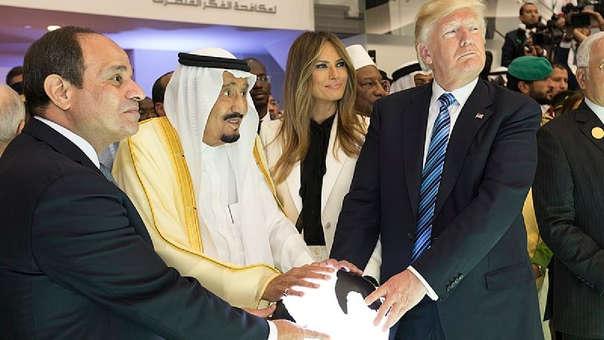 Trump hizo su primer viaje como presidente al extranjero a Arabia Saudita.