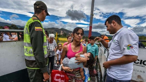 El pasado 5 de octubre, un juzgado de Lima declaró que se exija el pasaporte a los inmigrantes venezolanos.