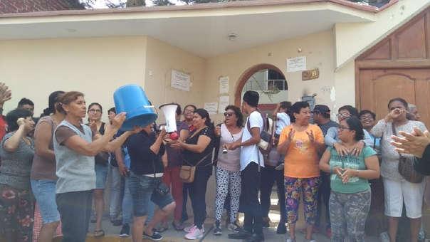 Pobladores de Ferreñafe protestaron en local de Epsel