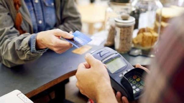 Te recordamos que las tarjetas de crédito deben usarse solo para casos de emergencia o compras pequeñas a cancelarse rápidamente.