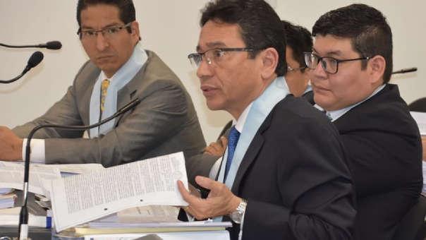 Humberto Abanto también es abogado de Pier Figari y Ana Herz.