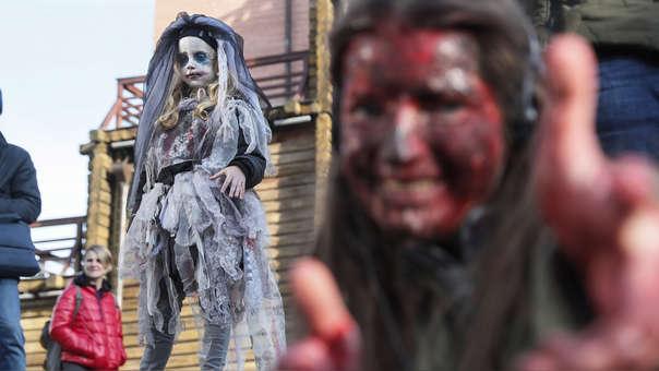 El cine y la televisión contribuyó en masificar Halloween en todo el mundo.
