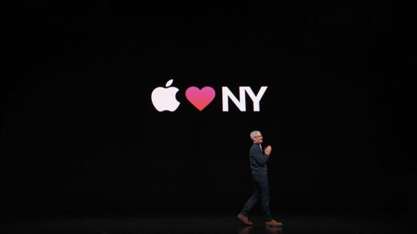 Tim Cook, CEO de Apple, abrió la sesión presentando nuevos modelos para su catálogo 2018