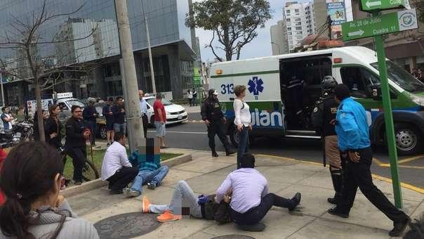 El hecho se produjo cerca a una agencia bancaria en Miraflores.