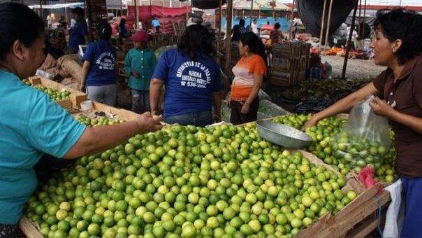 El Ministerio de Agricultura recomienda usar productos sustitutos del limón, y comer por ejemplo cebiche y otros platos en lugares confiables ante uso de ácidos.