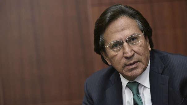 El presidente indicó que se viene realizando un seguimiento permanente al prófugo ex presidente.