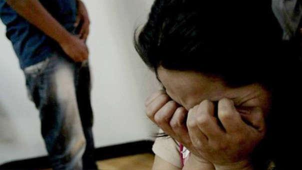 La adjunta señala que es importante acudir a las autoridades para denunciar casos de agresión.