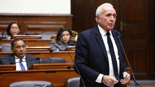 El parlamentario indicó que intentará formar una nueva bancada con aquellos congresistas que también renunciaron a PPK.
