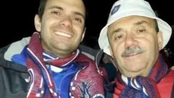 La historia de este hincha a su padre ha conmovido al fútbol argentino.