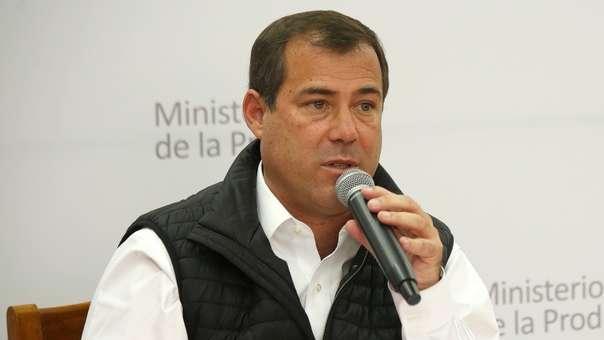 El fiscal de la Nación formalizó una denuncia constitucional en su contra.