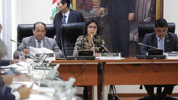 Ministra Balbuena se presentó ante la Comisión de Cultura.