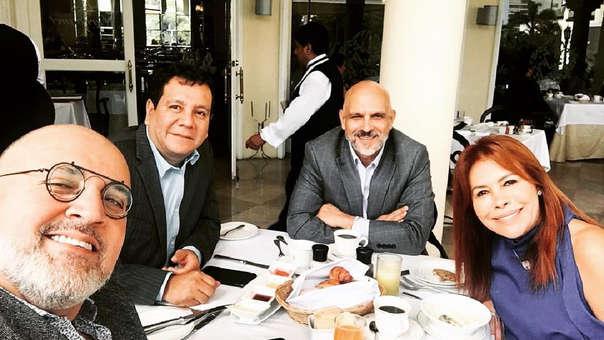 Beto Ortiz compartió una fotografía junto a Magaly Medina y Ney Guerrero.