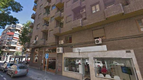 Edificio donde ocurrió el suicidio