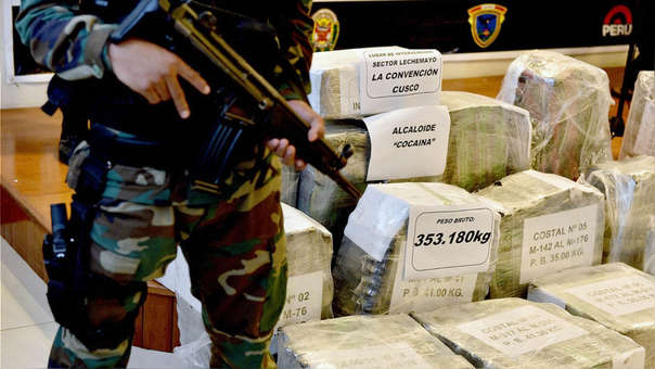 Cocaína incautada por autoridades peruanas