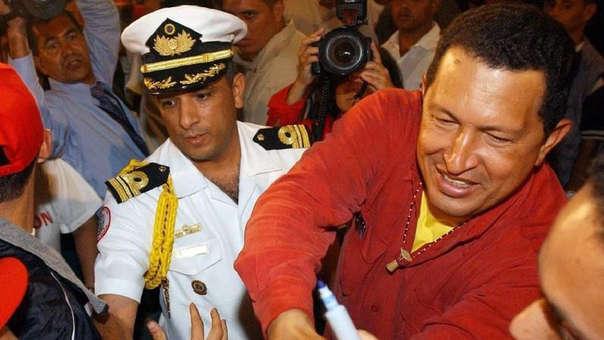 La cercanía con Hugo Chávez le permitió a Andrade amasar un fortuna en sobornos, con la que se convirtió en un millonario.