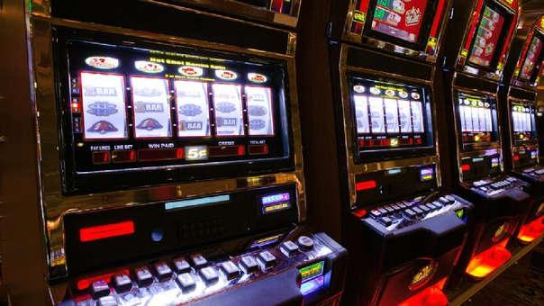 Según el Ministerio de Economía la imposición del ISC a casinos y tragamonedas aumentaría en S/125 millones al año la recaudación.
