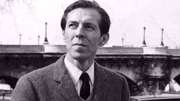 Julio Ramón Ribeyro falleció de cáncer al estómago.