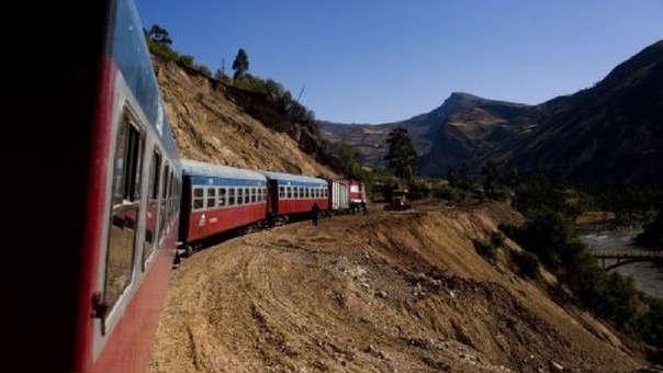 Trujillo deslizó la posibilidad que en 2019  se recibirían expresiones de interés para un tren de cercanías  hacia el norte.