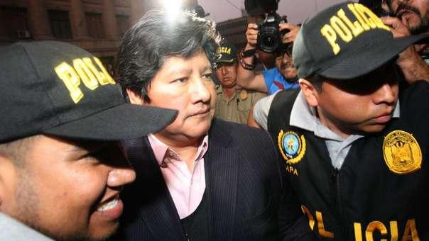 Edwin Oviedo fue detenido este jueves por la mañana en cerca a su casa en San Borja, la cual fue allanada.