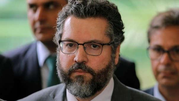 El presidente electo de Brasil, Jair Bolsonaro, nombró ministro de Relaciones Exteriores a Ernesto Araújo.
