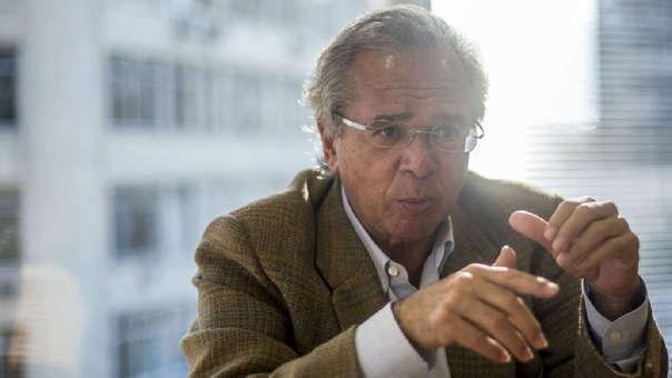 Paulo Guedes, formado en la Escuela de Chicago, promueve, entre otras cosas, la apertura económica y la reducción del Estado.
