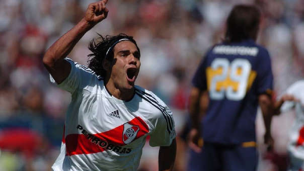 Eadamel Falcao festejó como un hincha el triunfo de River Plate ante Boca Juniors en la Copa Libertadores.