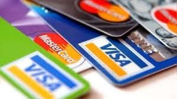 Usar la tarjeta de crédito no es malo, pero hay que ser responsable.