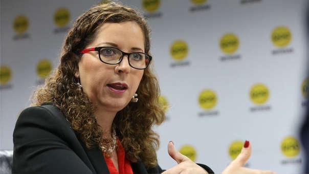 La congresista dijo que los acuerdos de colaboración eficaz no va a revelar los grandes sobornos.