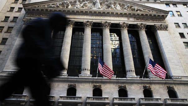 La decisión de volver a aumentar el costo de los préstamos probablemente molestará a Trump, quien ha atacado repetidamente el ajuste del banco central este año que considera perjudicial para la economía.