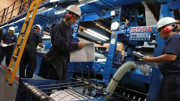 El salario mínimo en Perú está fijado en S/930.