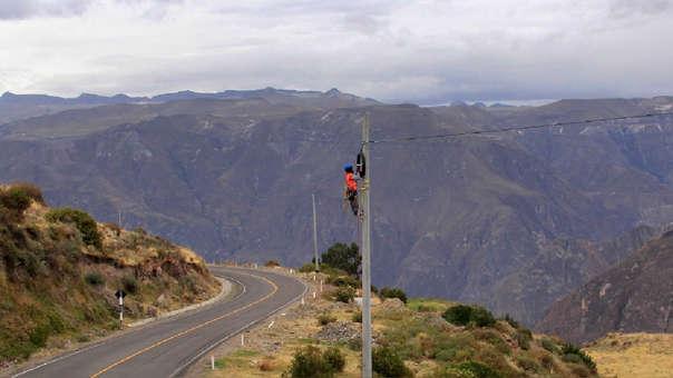 La implementación de la fibra óptica será el soporte para la banda ancha en Perú